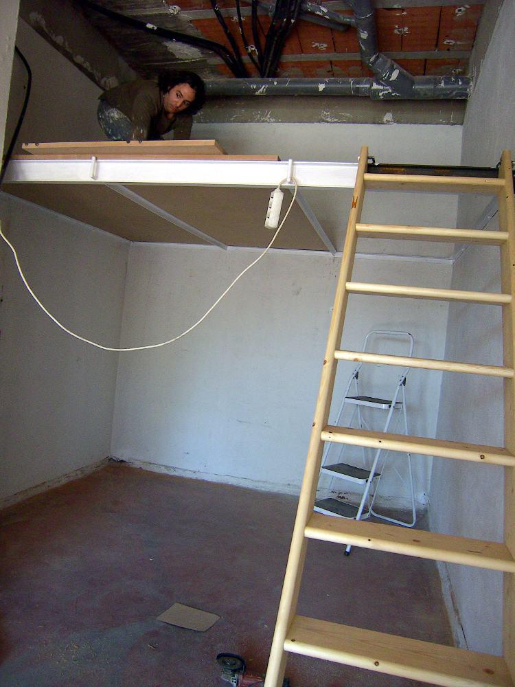 Supermanitas altillo para garaje con escalera abatible y - Como hacer una escalera plegable para altillo ...