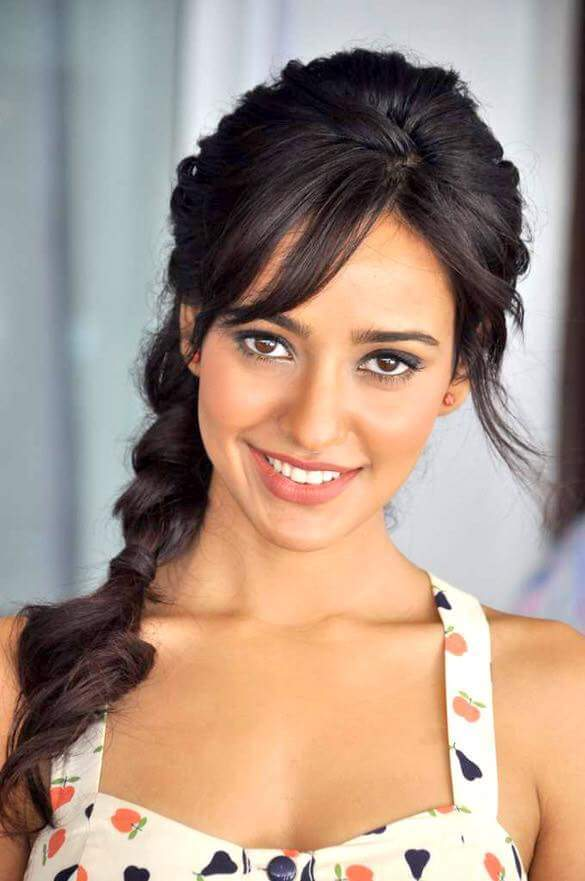 Bollywood Actress Neha Sharma Latest Hd Images 2017-3327