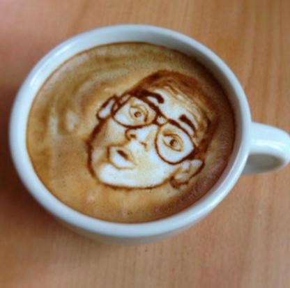 Kopi Latte Art 3D di Atas Permukaan