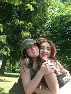 Síomha & Izzy London Park