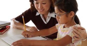Mengajari Menulis Dengan Metode Bermain
