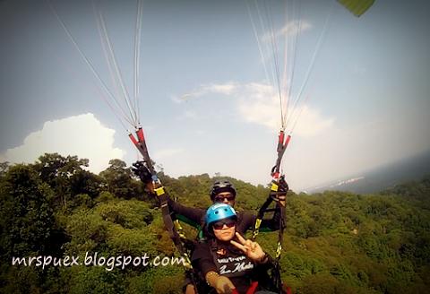 Tandem Paragliding At Jugra Hill Banting