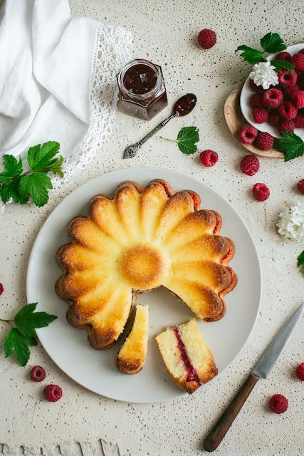 Gâteau très moelleux citron et framboises