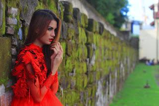 Hunting konsep foto model cantik igo Cinta Rarungmodelle