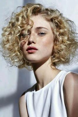 طريقة عمل الشعر الكيرلي للشعر القصير