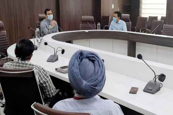 faridabad-banking-service-will-continue-but-rule-change-for-withdrawal