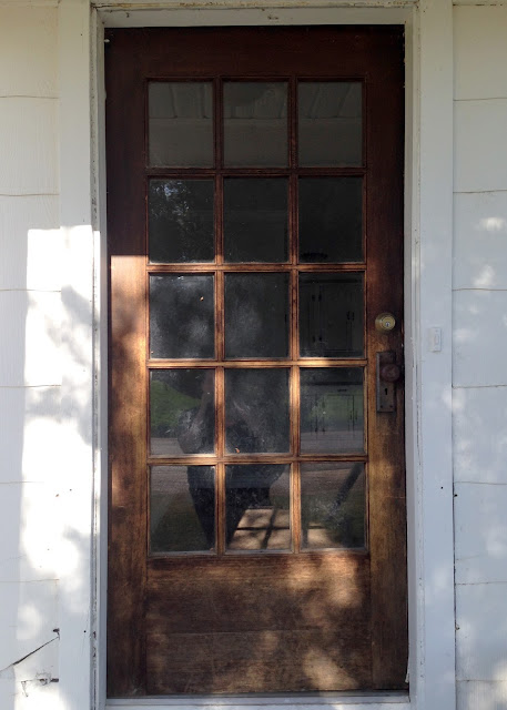 Introdcuing: Averie Lane Farmhouse (empty house tour) front door