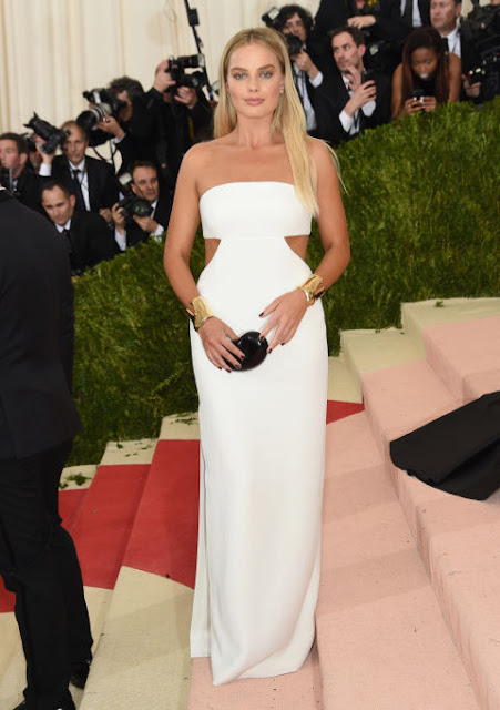 Margot Robbie Carpete vermelha Red carpet: As mais bem vestidas na Met Gala 2016