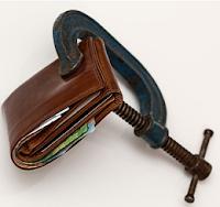 Zaciskanie portfela: lokaty i konta oszczędnościowe w połowie kwietnia 2020 roku