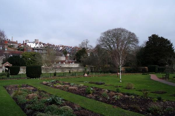 lewes sussex grange gardens