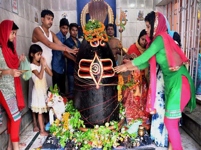 विवाह में समस्या दूर करने के लिए भगवान शिव को चढ़ा दें यह फूल