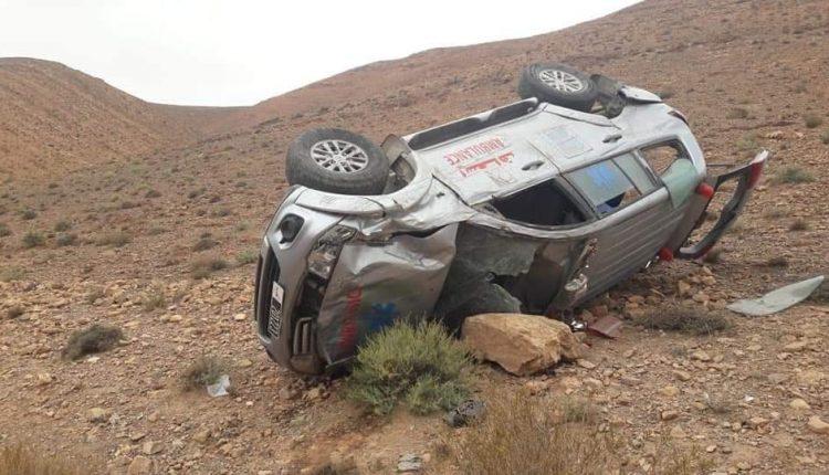 بالصورة : فاجعة جديدة بتارودانت بعد انقلاب سيارة إسعاف تحمل سيدة حامل