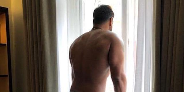 अजय देवगन 2020 की तैयारी में, फैंस को बॉडी दिखाई
