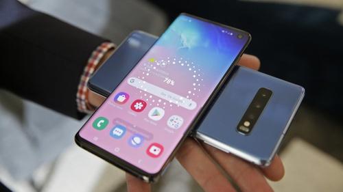 Samsung Galaxy S10 Mobile Ke Feature - सैमसंग गैलेक्सी S10 मोबाइल के फीचर
