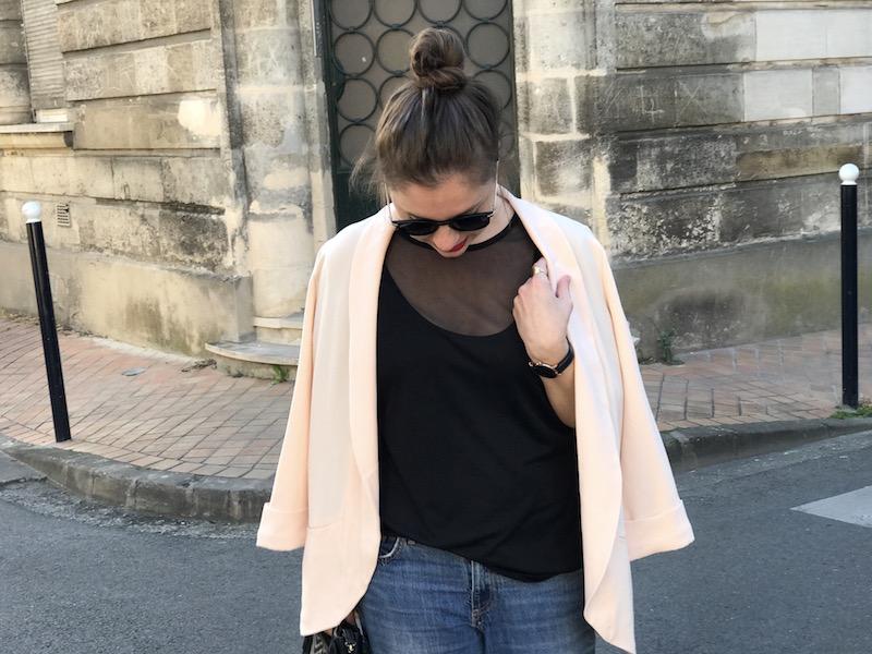 top noir transparent missguided, blazer rose Pimkie, lunette de soleil Asos