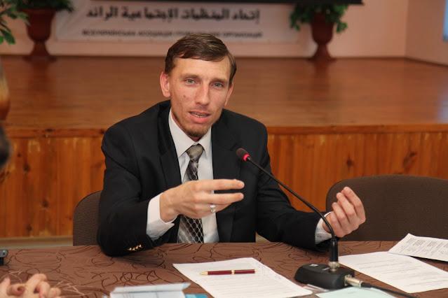 سيران عريفوف رئيس الاتحاد