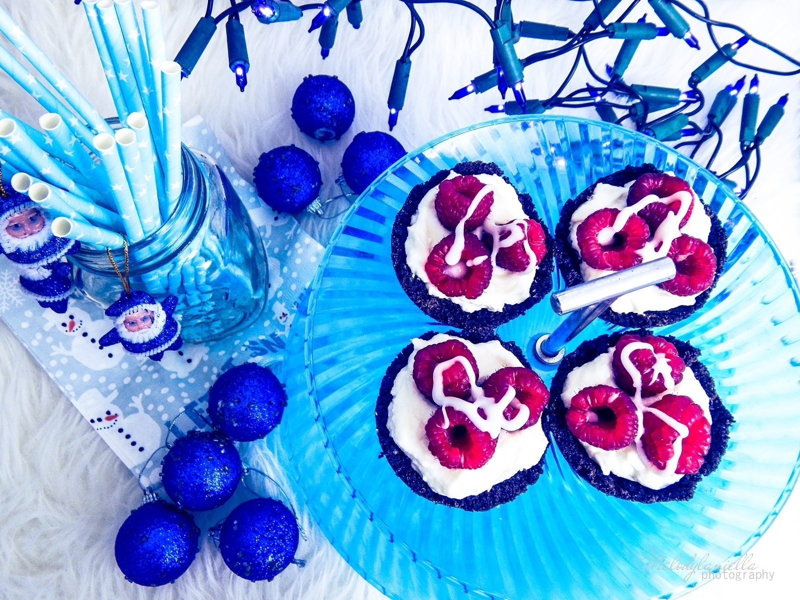 6 szybkie proste i smaczne babeczki oreo z ciastek z kremem jogurtowym i owocami przekaski na Boze Narodzenie, sylwestra i karnawal melodylaniella