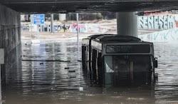 Μετά από βροχή λίγων ωρών «πνίγηκε» και σταμάτησε να λειτουργεί η πρωτεύουσα της χώρας, όπως αντίστοιχα πνίγηκαν τόσες άλλες περιοχές στην...