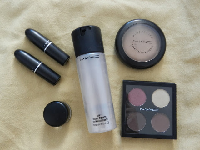 Best of MAC Eyeshadow, Lipstick, Gel Eyeliner, Skinfinish, Fix +