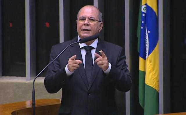 """Deputado Hildo Rocha diz que governo fechou os olhos para a habitação popular no ano de 2019: """"mas, renova-se a esperança com Rogério Marinho""""!!!"""