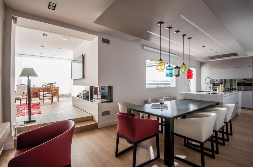 Marzua una vivienda familiar con estancias conectadas y - Distribucion cocinas rectangulares ...