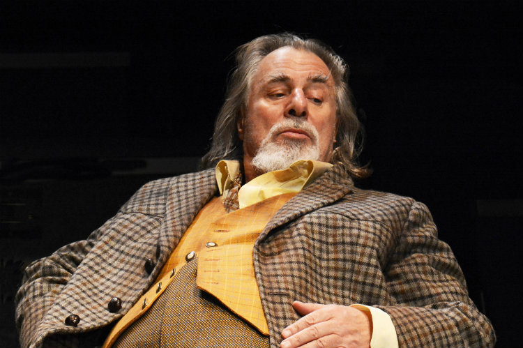 Barrie Rutter (Sir John Falstaff)