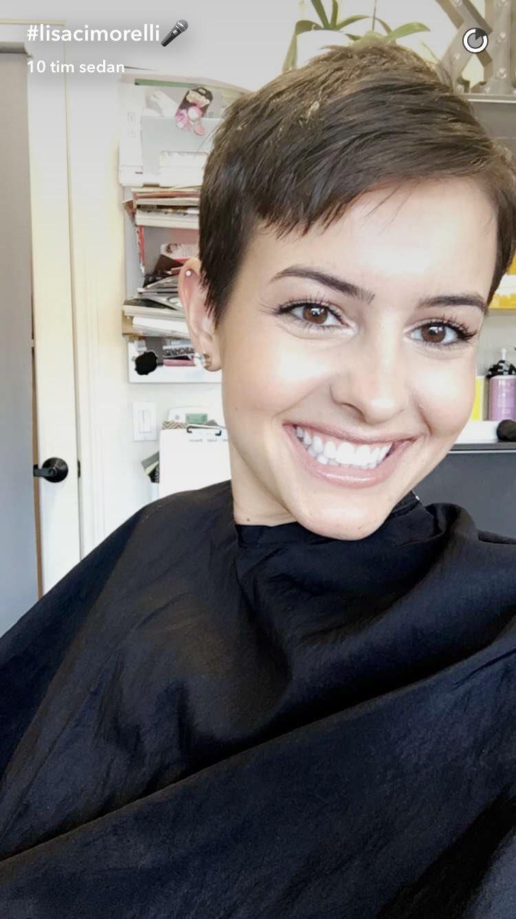 Blog About Cimorelli Lisa Cimorelli Has Pink Hair