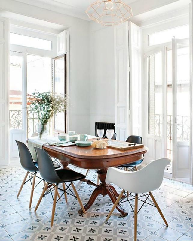 Redecora tu salón con sillas de diseño