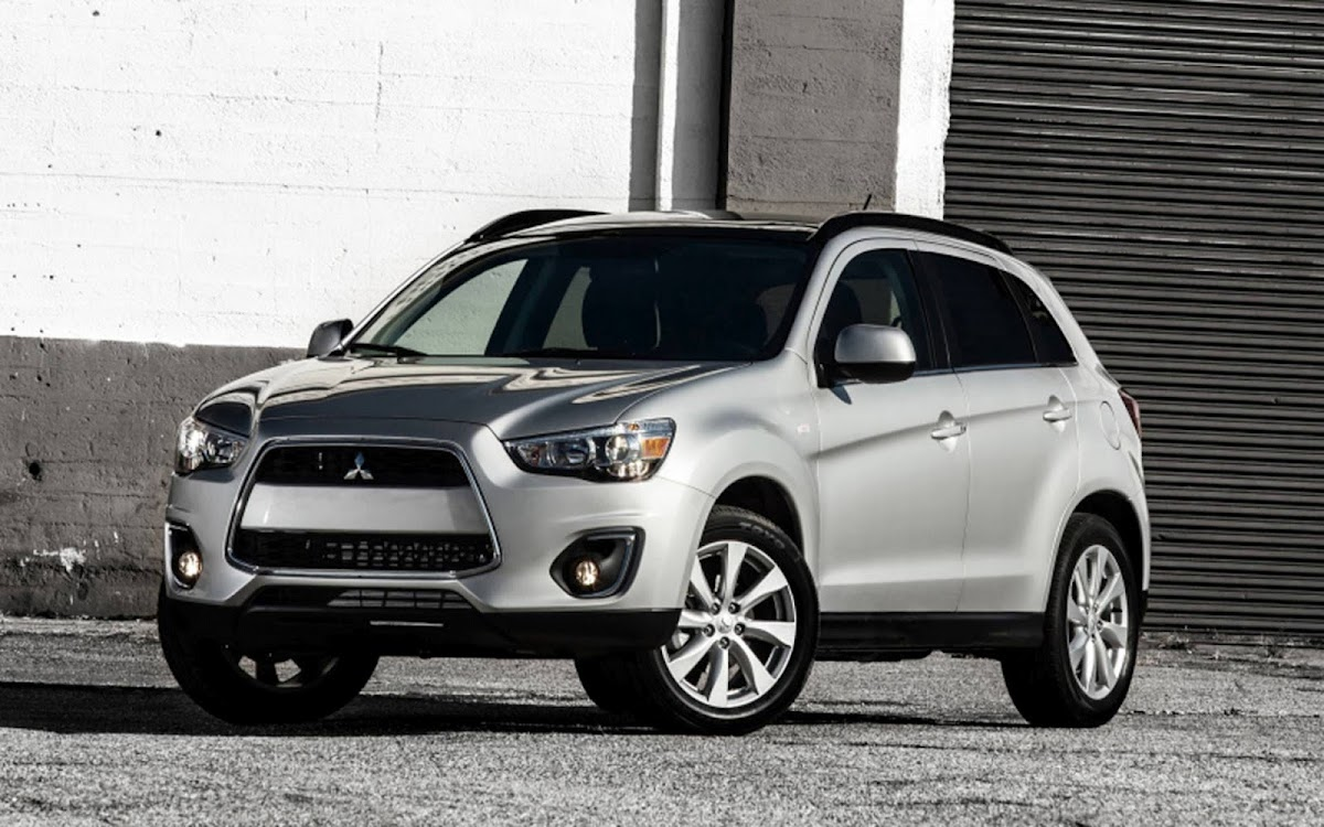 2013 Mitsubishi Outlander Widescreen HD Wallpaper 6