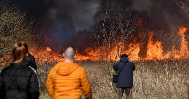 Felcsaptak a lángok a Borsod-Abaúj-Zemplén megyei Nádasréten
