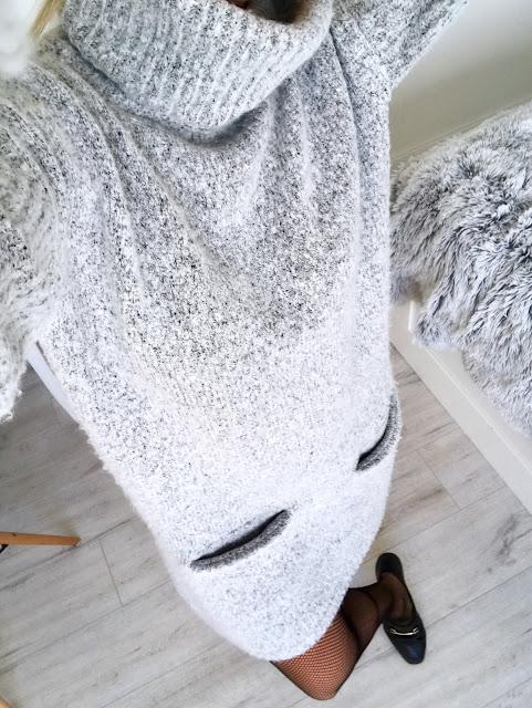 Sweater dress fishnets a'la Gucci shoes cygaretki rajstopy trends trend 2017 trendy tights sukienka sweterkowa sweter Guess wiosna moda modowy outfit buty mokasyny czarne
