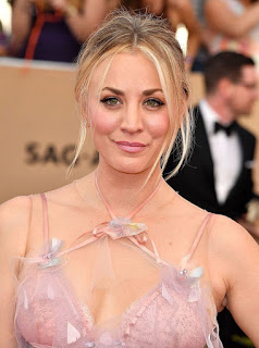 Kaley Cuoco 'Forgets' She's Famous, Says Her Makeup Artist