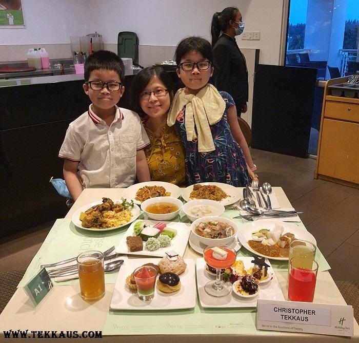 Ramadan Buffet Holiday Inn Melaka Family Package Price