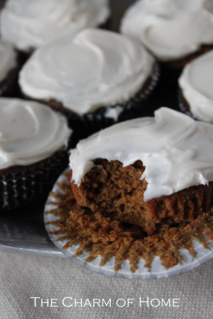 Pumpkin Spice Cupcakes: The Charm of Home