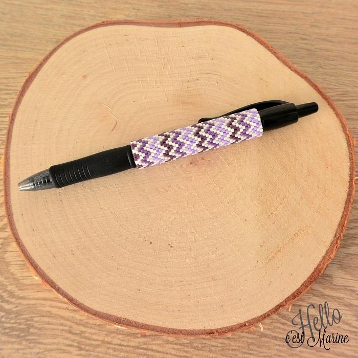 Cover pen violet en perles Miyuki tissé par Hello c'est Marine