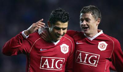 Solskjaer hé lộ bất ngờ: MU có sẵn sàng nổ bom tấn Cristiano Ronaldo?