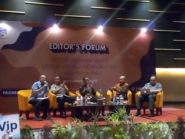 """Kementrian Kominfo RI Gelar Kegiatan Editor,s Forum """"Media Bermartabat Untuk Pemilu BERKUALITAS"""""""