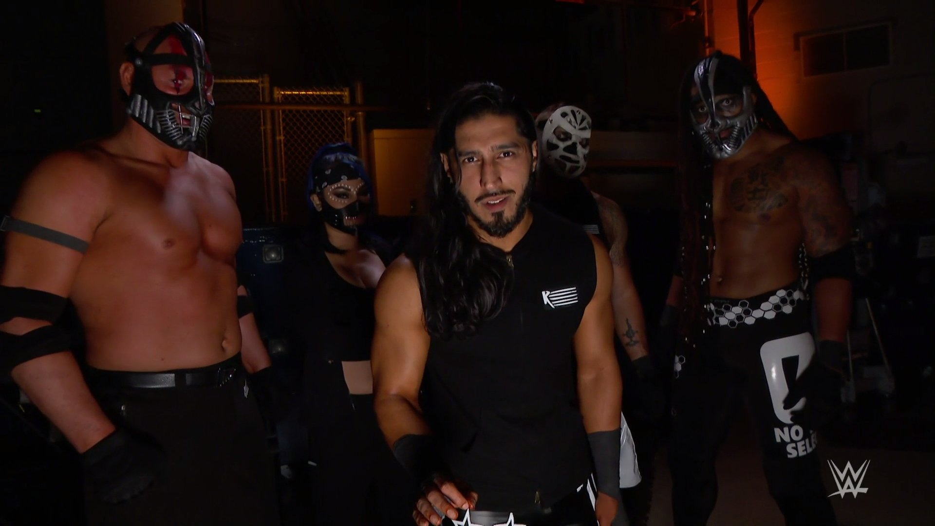 "Mustafa Ali se revela como o ""hacker"" misterioso do Friday Night SmackDown"