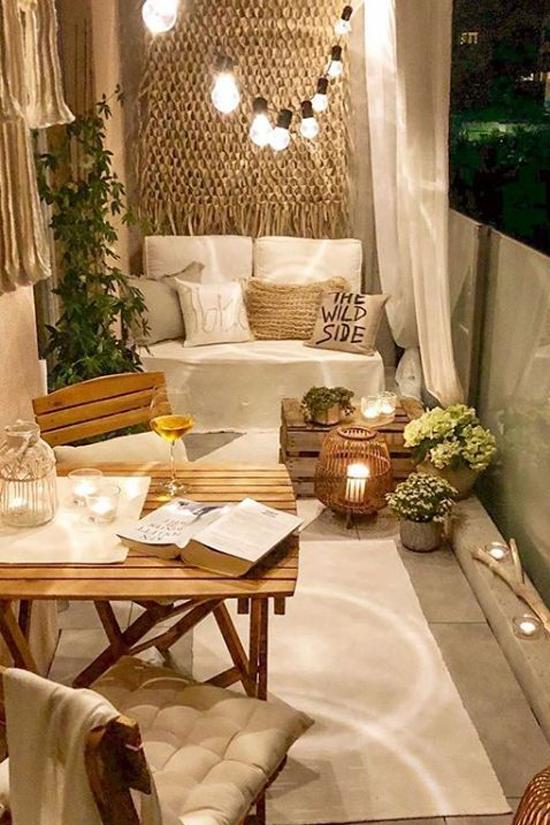 como fazer um banco de madeira, banco de madeira, banco na varanda, decoração, balcony decor, tinny balcony, varanda pequena, decorar varanda, banco na varanda, banco de madeira