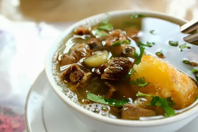 Soto Garuda (Foto dari sizzlingsuzai.com)