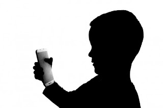 Aplikasi_pemantau_digital_aktivitas_Anak