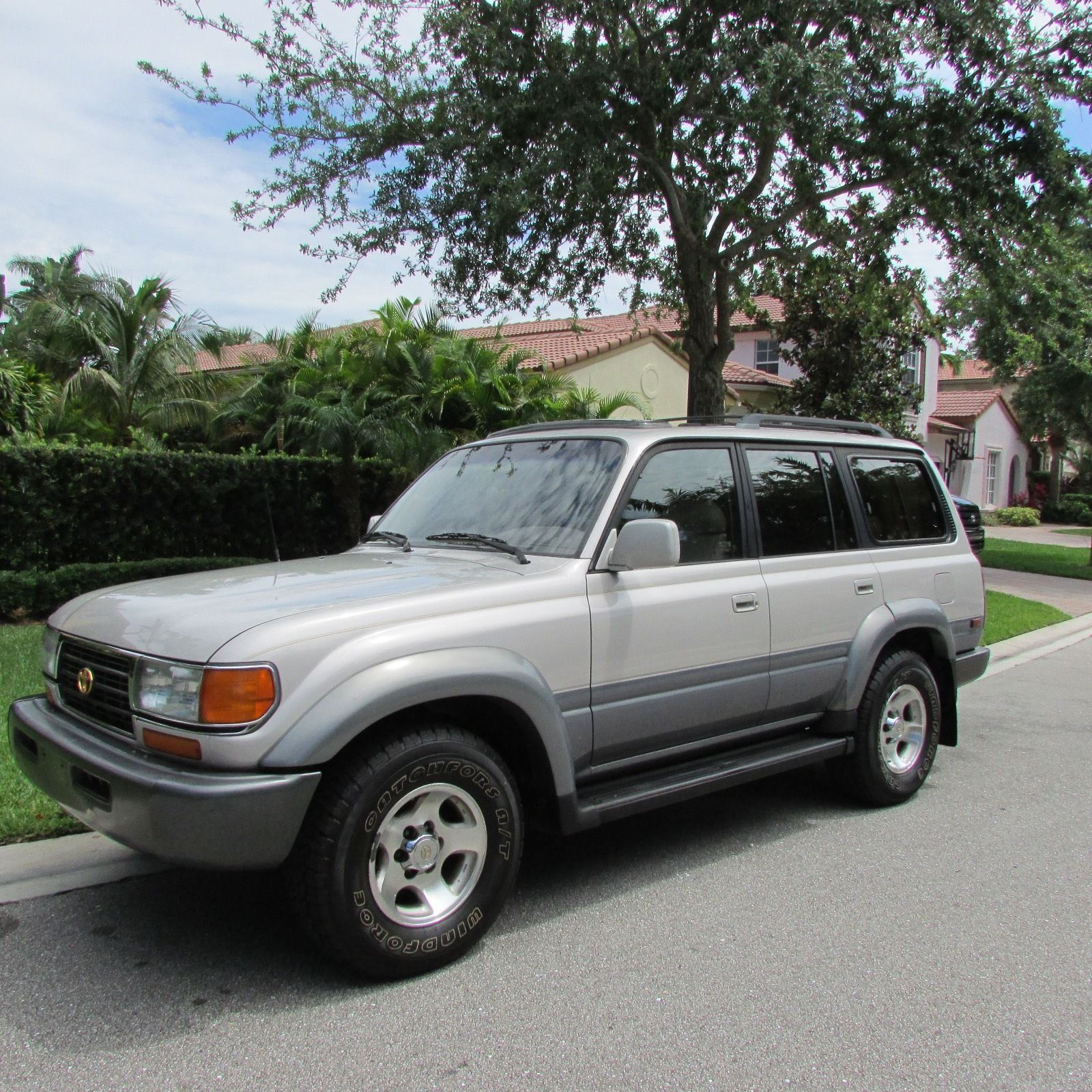 1997 toyota land cruiser with lockers for sale. Black Bedroom Furniture Sets. Home Design Ideas