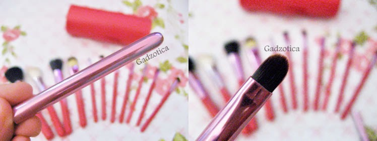 MAC Makeup Brush Set
