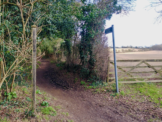 The start of Wheathampstead bridleway 1 mentioned in point 2 below Image by Hertfordshire Walker released via Creative Commons BY-NC-SA 4.0