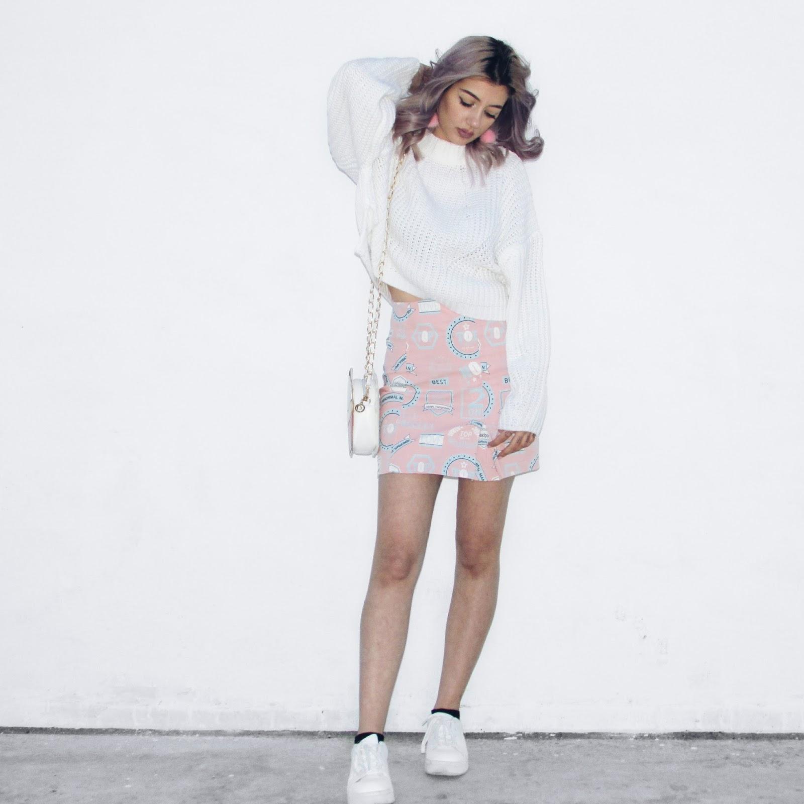pink skirt street style