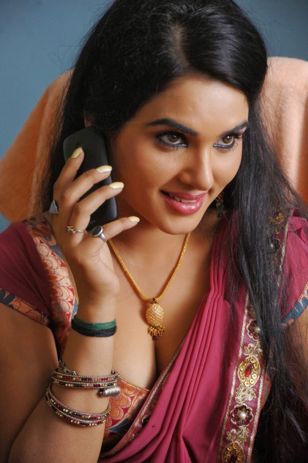 Tamilcinestuff   Kavya Singh Latest Hot Photos In Red -8149