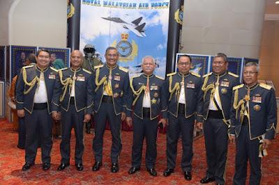 Putera Lapis Mahang My Military Life