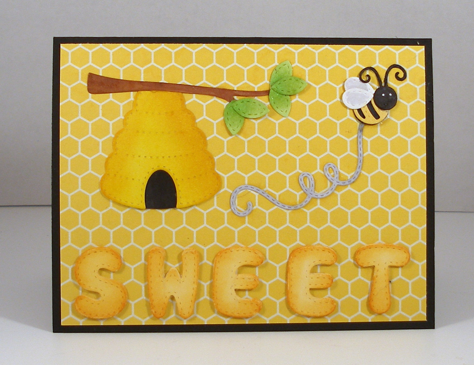 Cottage Cutz Stitched Honey Bees에 대한 이미지 검색결과