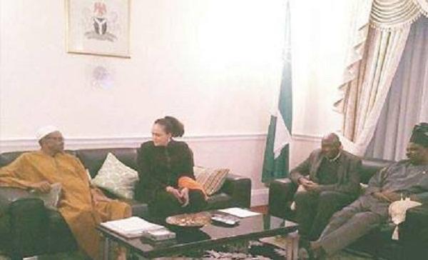Buhari's photo with Amosun