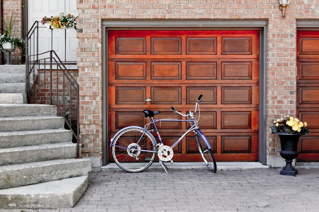free stock image garage door